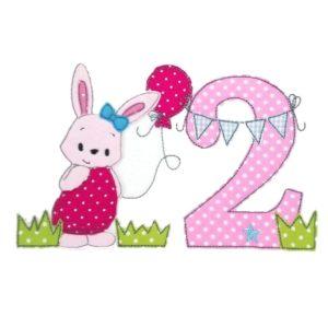 Bügelbild Hasenmädchen mit Wunschnamen & Geburtstagszahl 1-9