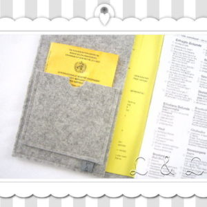 U-Hefthülle 100% Wollfilz – Wunschname in Stoffbuchstaben