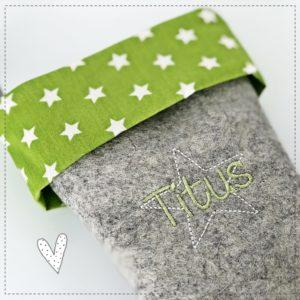 Nikolausstiefel mit Wunschnamen mit Sternchen in grün