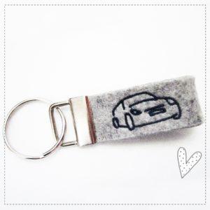 Schlüsselanhänger grau meliert – Auto