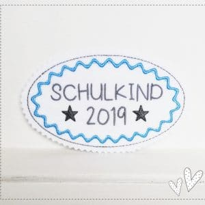 Applikation hellblau/grau – Schulkind 2019 – 13,5×8,5cm
