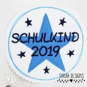Schulkind 2019 –  hellblau – 11cm Durchmesser