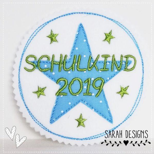 Schulkind 2019 Aufnäher Bügelbild Patch 11cm durchmesser auf weiss mit hellblau und apfelgrün