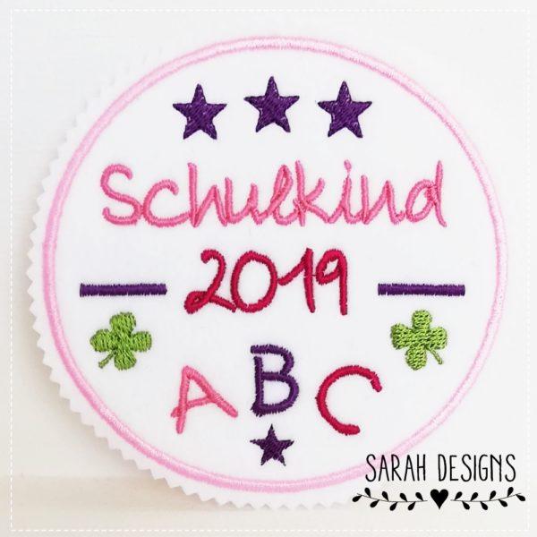Schulkind Aufnäher ABC Schulkind 2019 Einschulung Grundschule Idötzchen Aufnäher 13cm Durchmesser in rosa mit lila und Pink