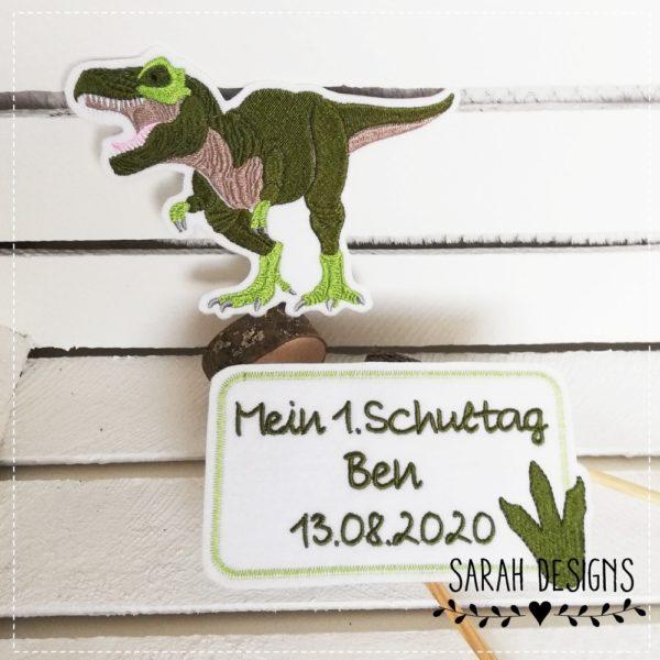 T Rex Aufnäher Patch Bügelbild mit Namensschild zur Einschulung in grün mit grau und maigrün gestickt Dinosaurier Applikation für Schulkinder